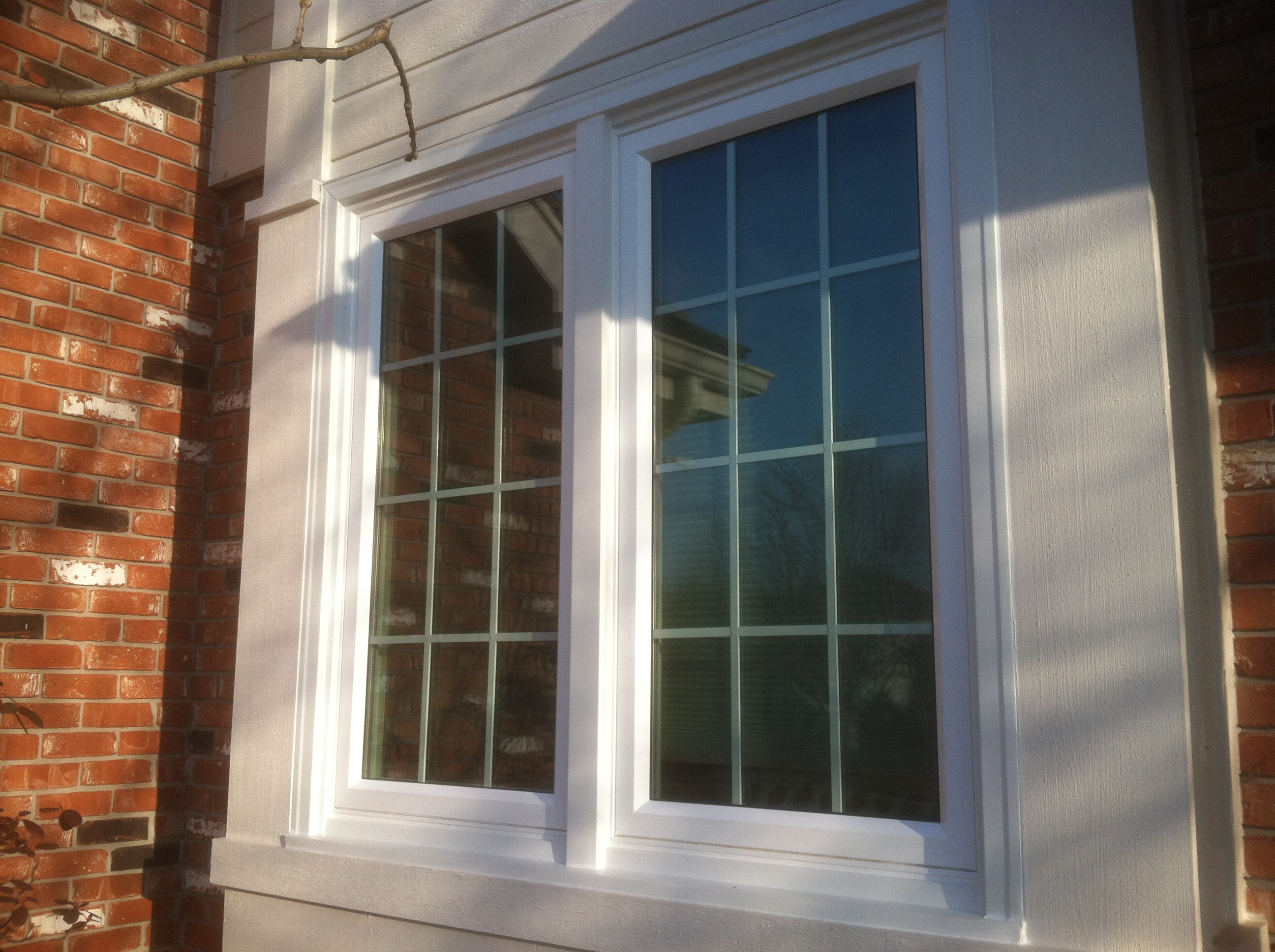 Vinyl replacement window omaha midlands siding co omaha ne for Vinyl windows company
